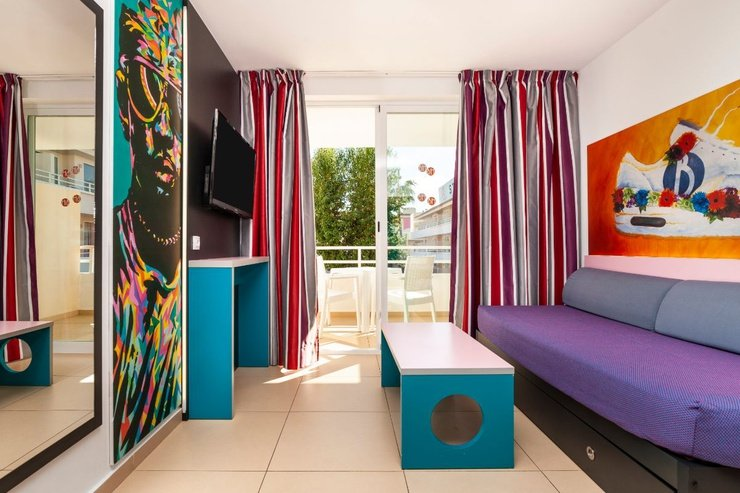 Standard suite bh mallorca hotel magaluf