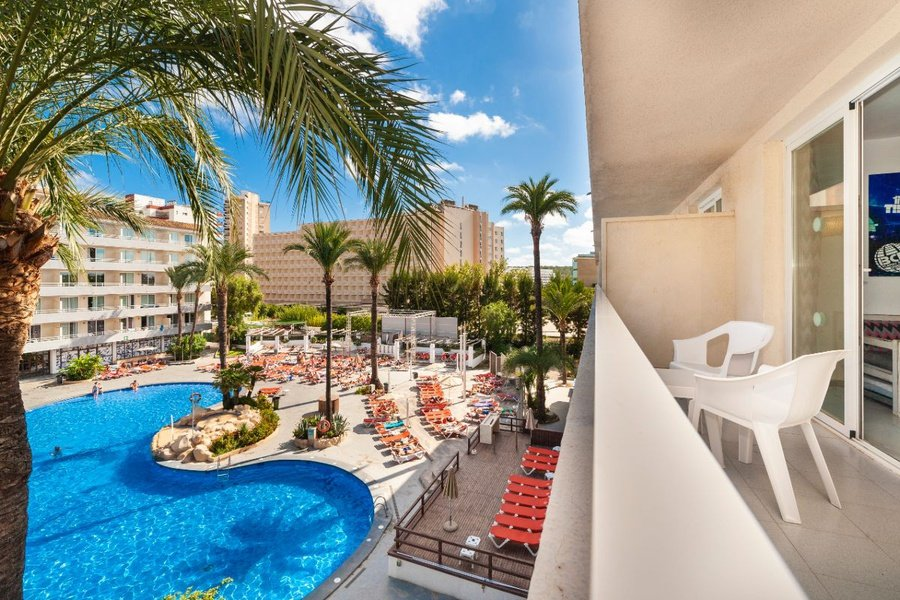 Appartement vue piscine club b by bh mallorca magaluf